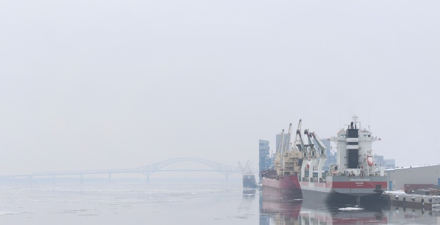 Kikötő – Port
